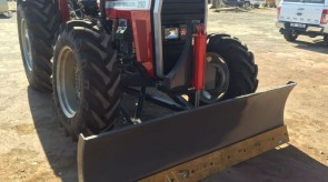 Blade manufactured and fitted to Massey Ferguson 290